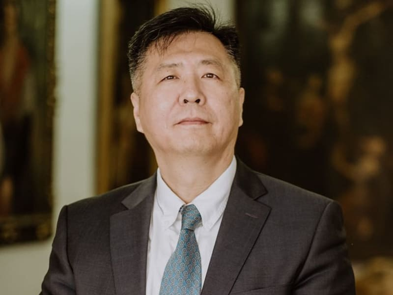 David Liang, un puente humano con el lejano oriente